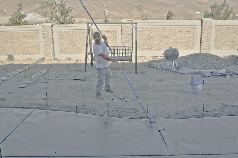 smoothing out concrete