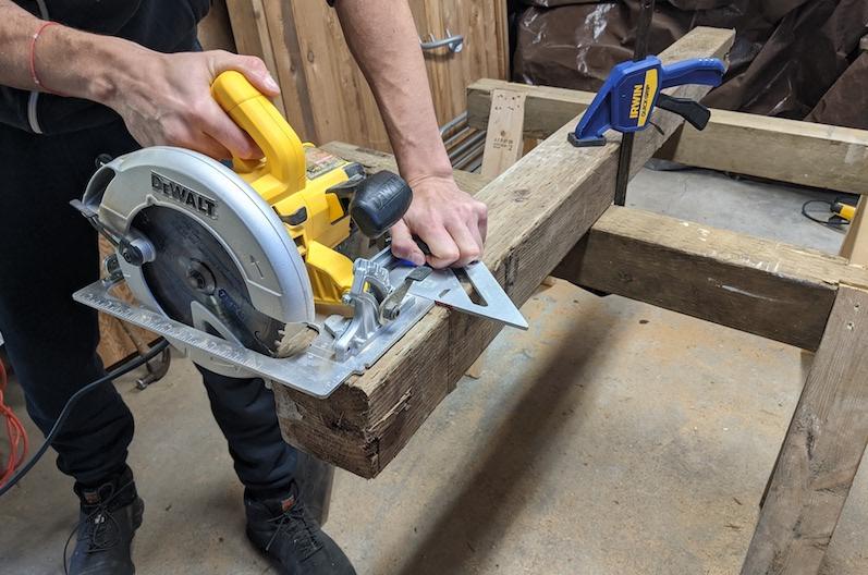 cutting fencepost with circular saw