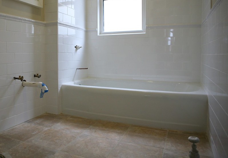 grout in bathroom