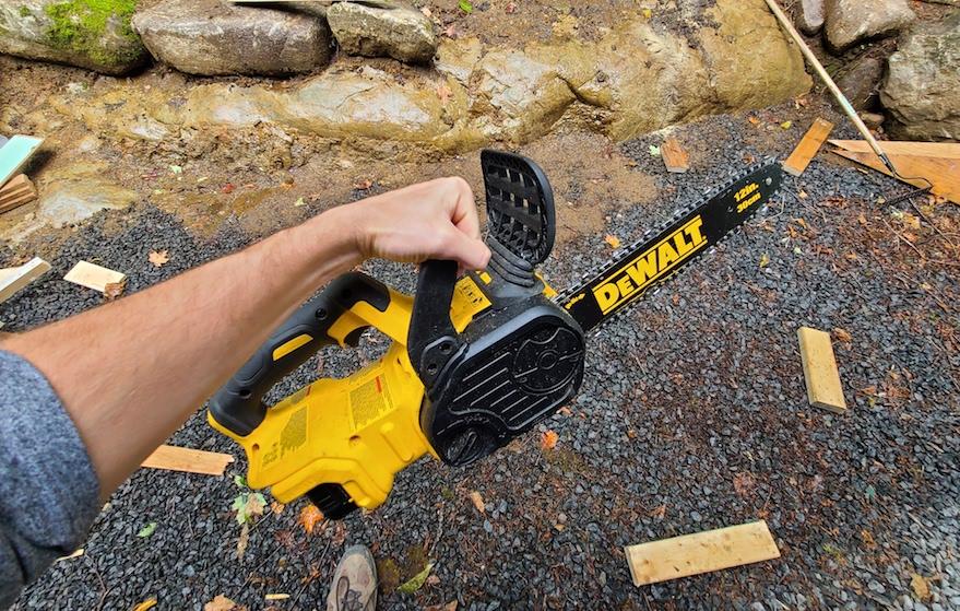 dewalt 20v 12 inch chainsaw