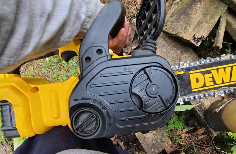 tool free knobs