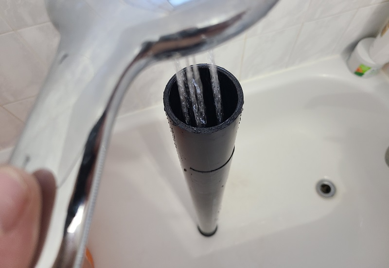 filling pvc pipe with water